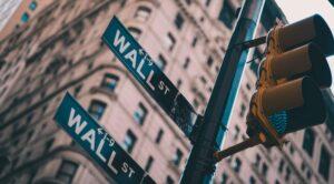 Wie hat sich die Anzahl börsennotierter Unternehmen entwickelt und wie groß ist ihre wirtschaftliche Bedeutung?